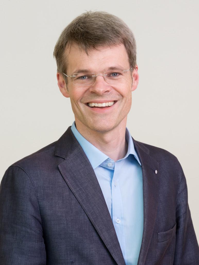 Dr. Peter Haug